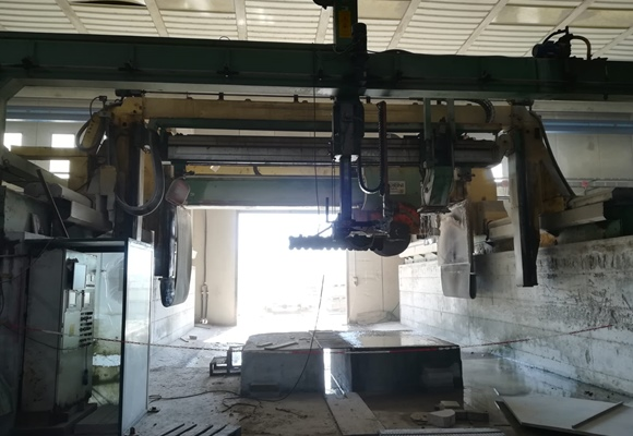 Block cutter for granite Pedrini Arco di trionfo